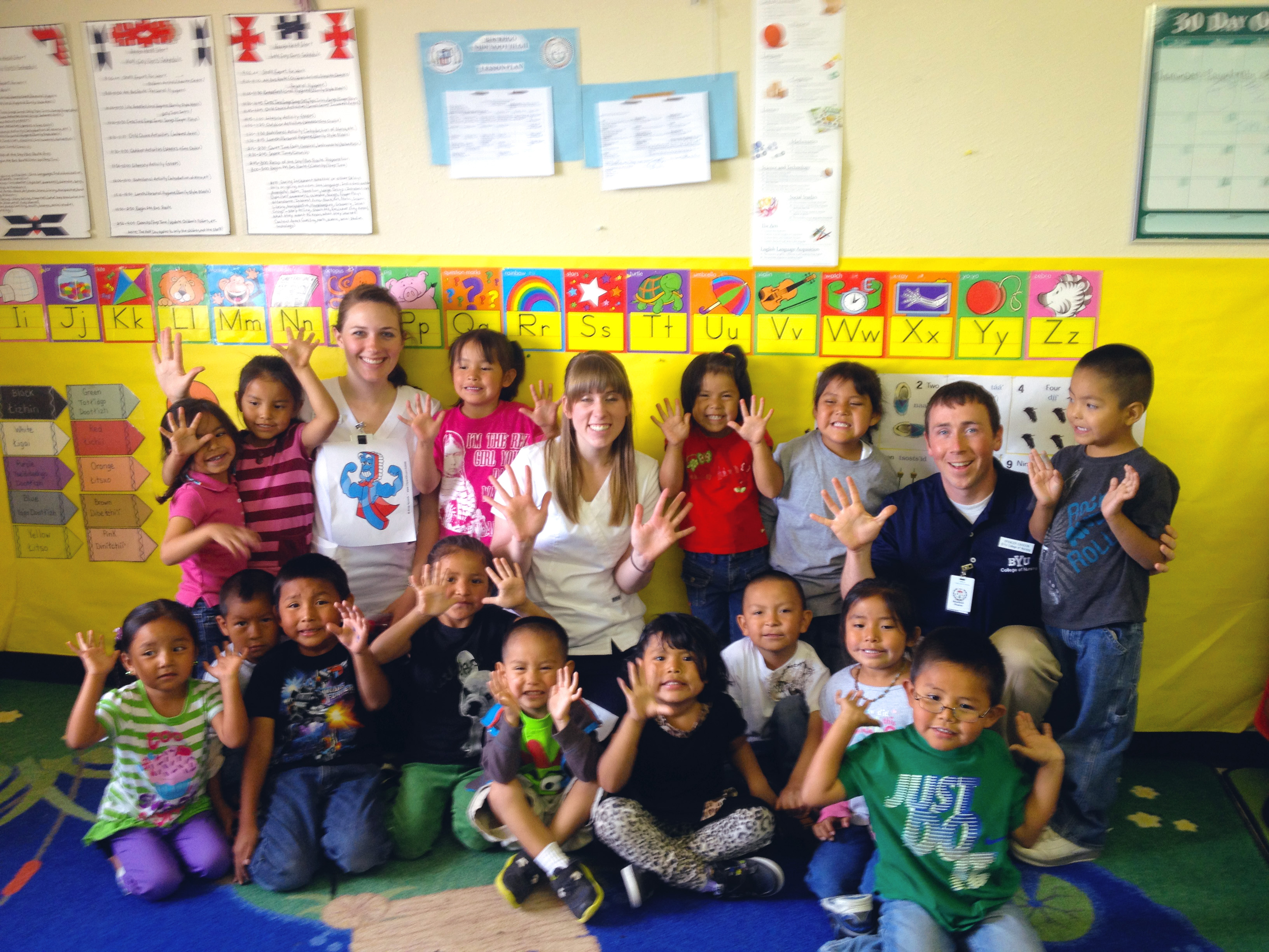 Student nurses with children in Navajo Nation